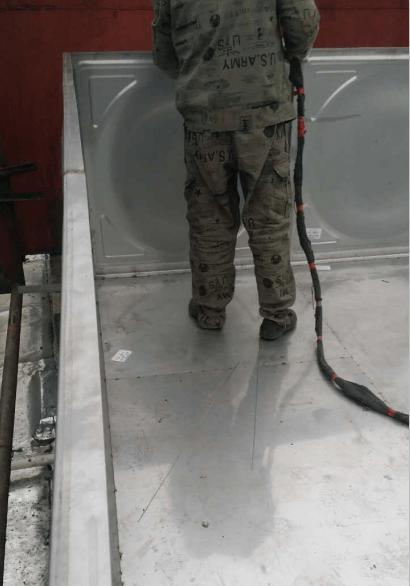 安康火车站不锈钢水箱2